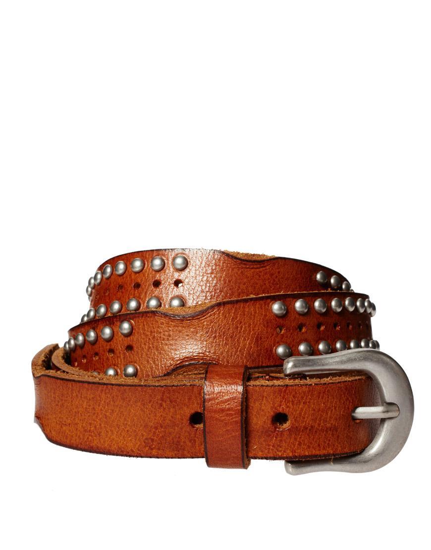Foto Cinturón de cuero con tachuelas vintage de ASOS Tostado