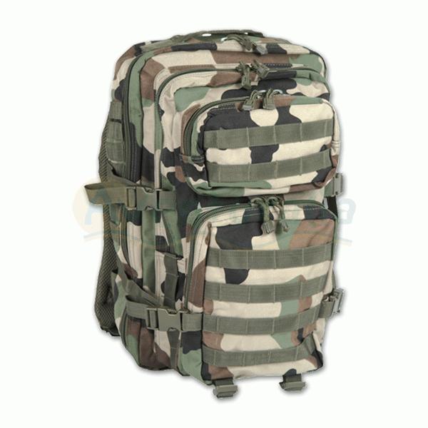 Foto Mochila MIL-TEC modelo 'Assault' de 50 litros de color camuflaje NATO