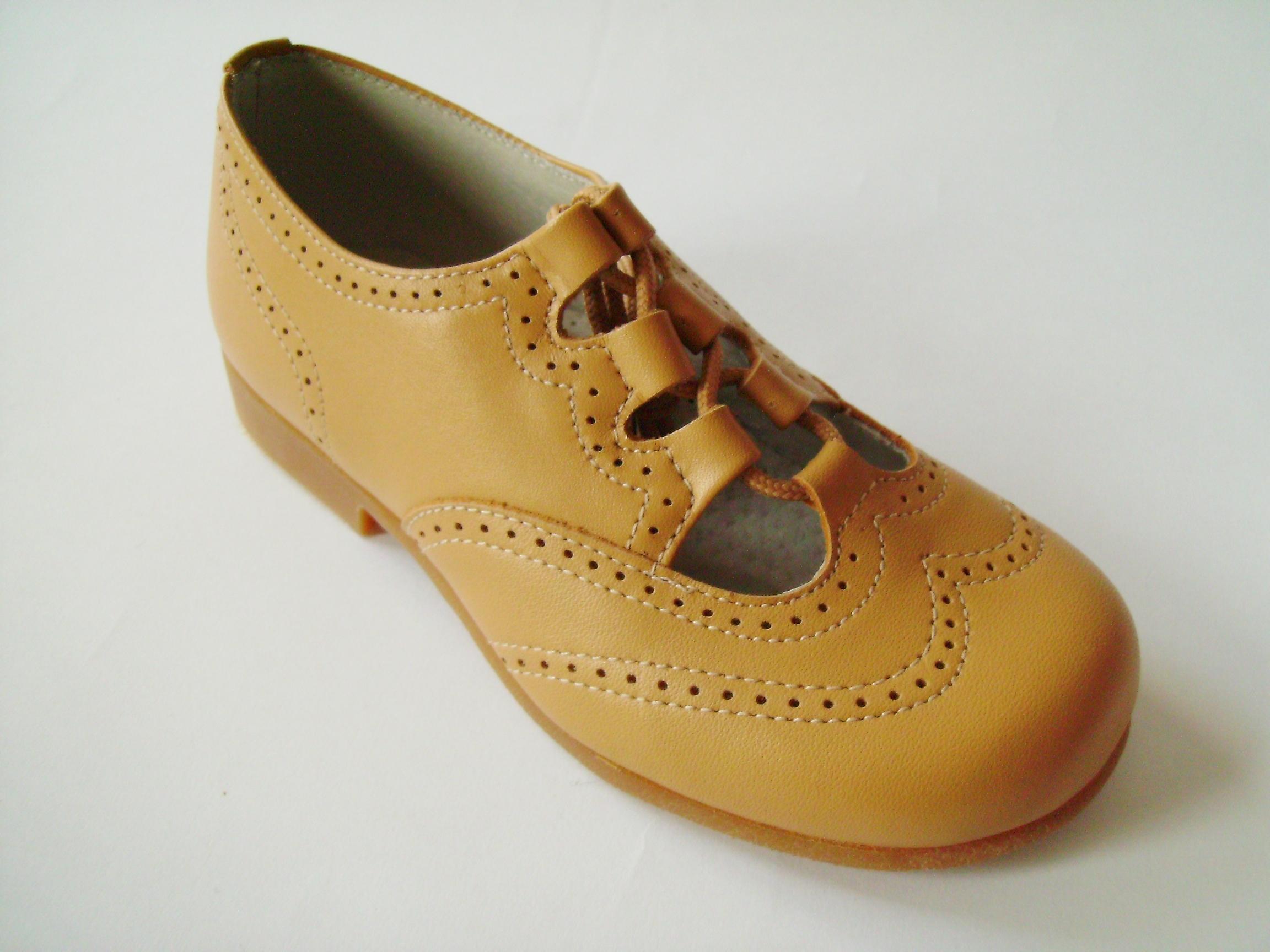 Foto zapato cordón tipo