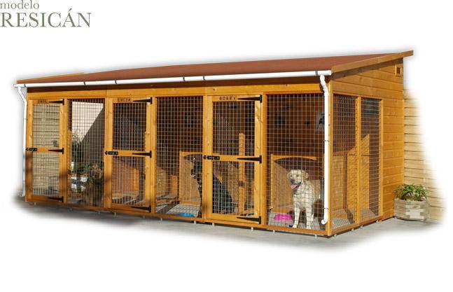 Casa exterior para perros imagui for Casas para perros