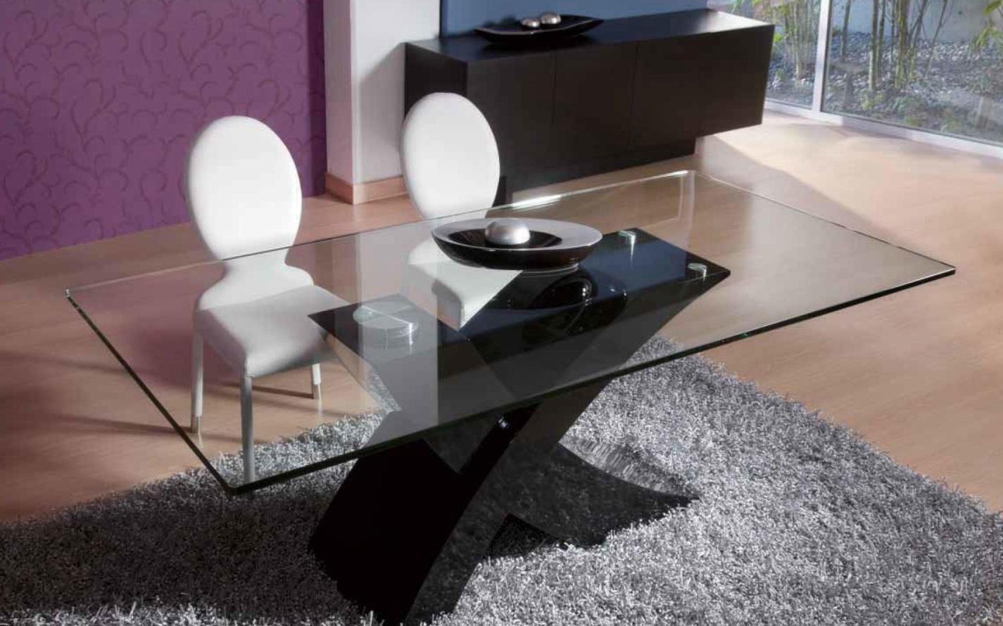 Foto mesa de comedor vidrio itaca negra foto 360900 for Vidrio para mesa de comedor