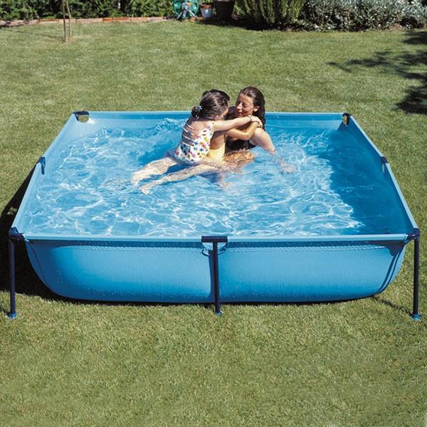 Foto piscina gre tubular cuadrada y26 200 x 200 cm foto 560028 for Piscina hinchable cuadrada