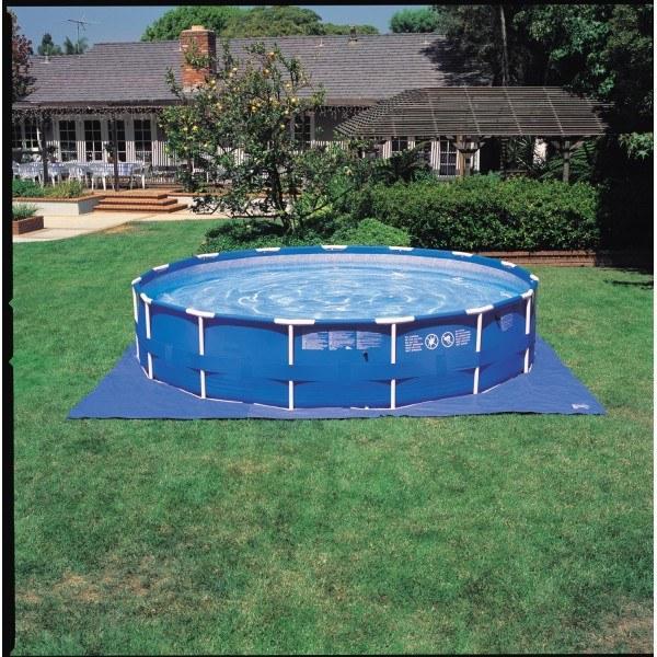 Foto piscina desmontable 457x107cm intex 54940 foto 287254 for Cubre piscina bestway