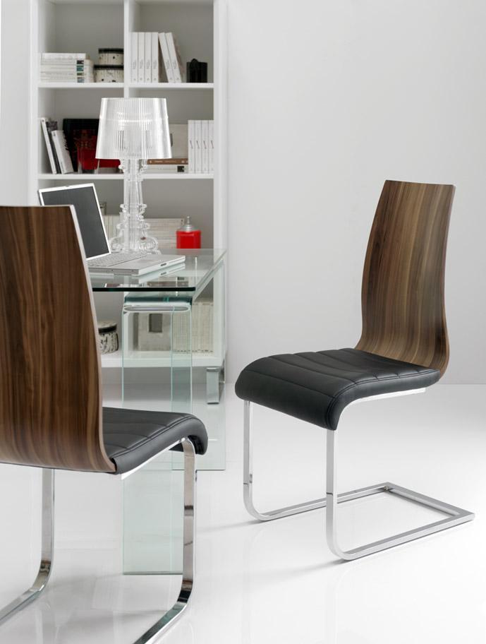 Foto cabeceros y camas tapizadas modelo caceres ld for Ofertas sillas salon