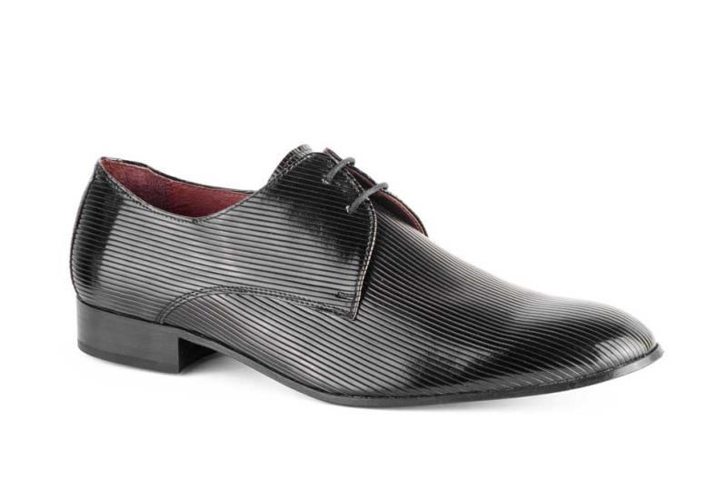 884b235a Foto zapatos hombre piel alta calidad charol suela de cuero, talla 40 foto  276106